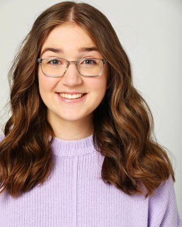 Actress Cailyn Peddle Image